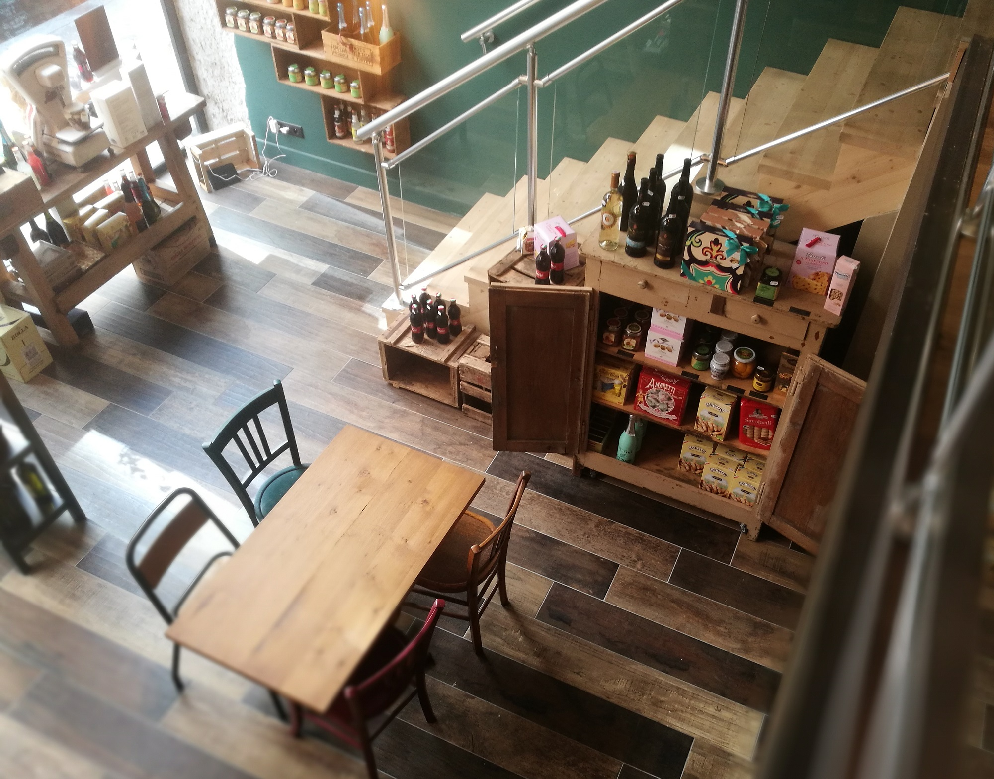 Epicerie conviviale et restaurant Tipico Lyon Terreaux